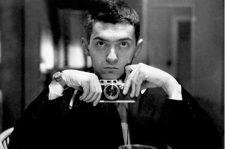 An earlier Kubrick selfie for Look magazine.